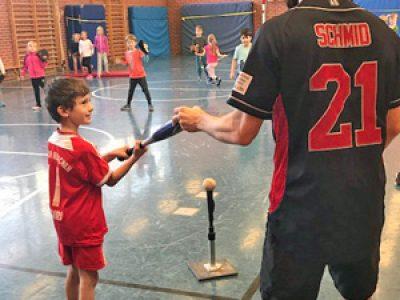 Baseball Schnupper- Training durch Atomics Garching