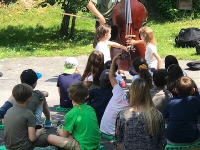 """""""Instrumente hören und fühlen""""- Herr Fuß stellt einige vor"""